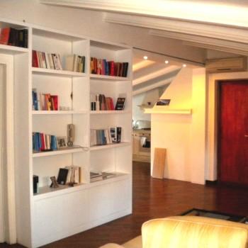 libreria-laccata-bianca